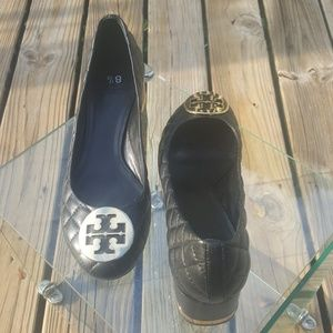 Tory Burch black quilted leather pumps